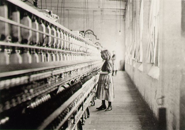 Girl worker in Carolina cotton mill