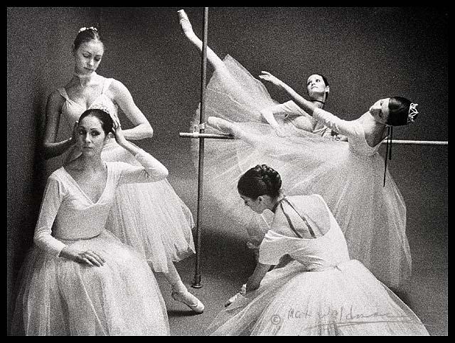 Coulisses Noir et Blanc - Page 2 Waldman_abt_rehearse