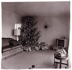 Xmas tree in a living room